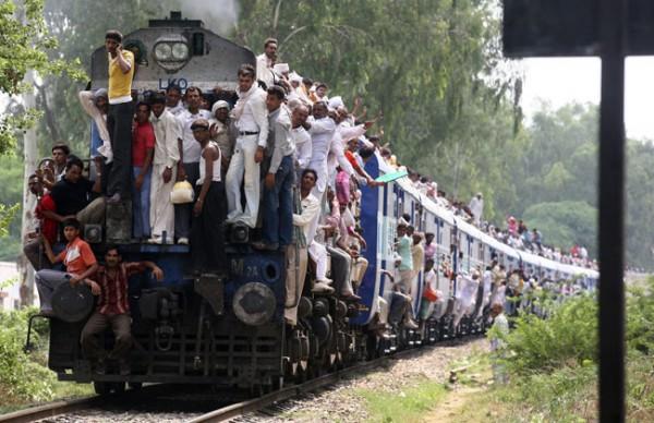 На Киевщине из-за зацеперов были задержаны товарные поезда