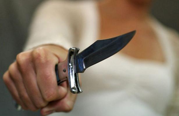"""Во время семейной ссоры киевлянин """"самостоятельно упал на нож"""""""