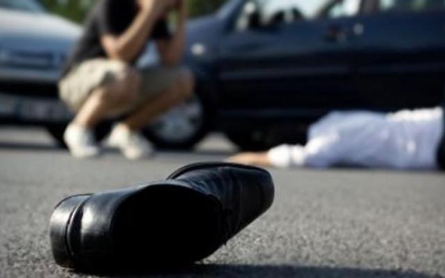 Во киевском дворе водитель специально сбил пешехода