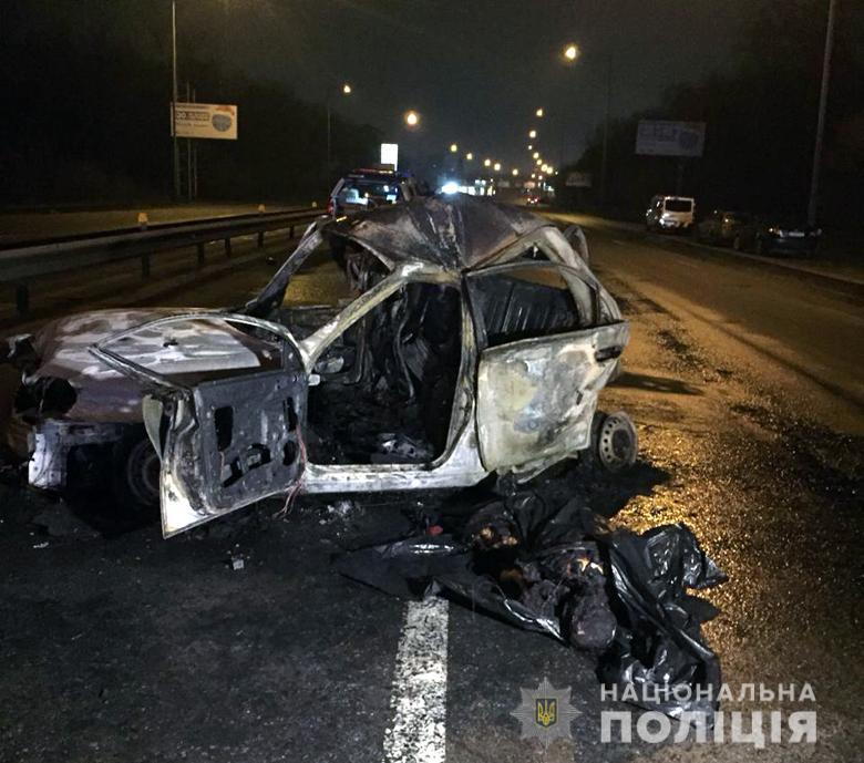 """Водитель """"БМВ"""", убивший пассажирку такси на Столичном шоссе, сам пришел в полицию"""