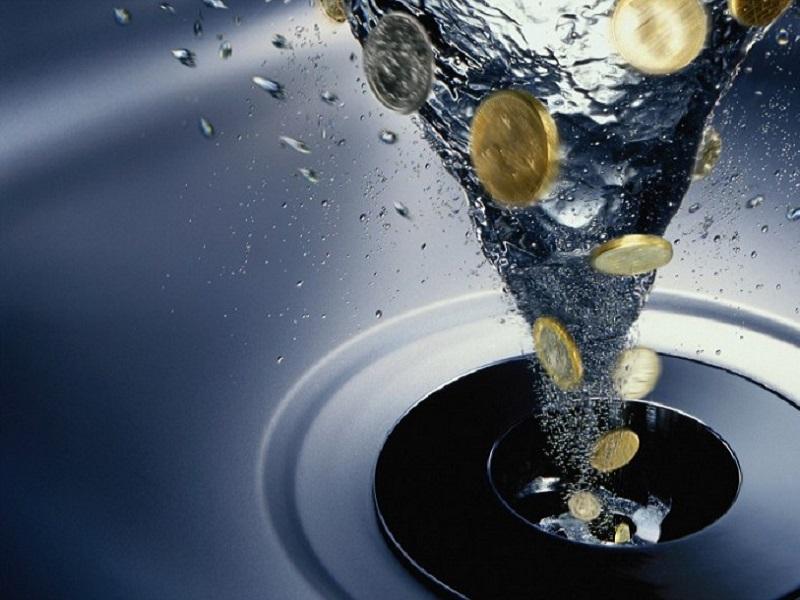 Как платить за воду, если в двух районах Киева ликвидировали несколько ЖЭУ