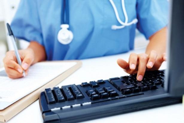 В КГГА продемонстрировали, как записаться к врачу через Интернет