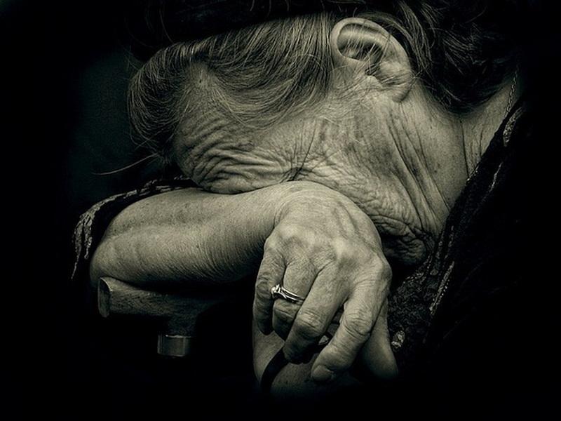 На Киевщине рецидивист жестоко поиздевался над 92-летней женщиной