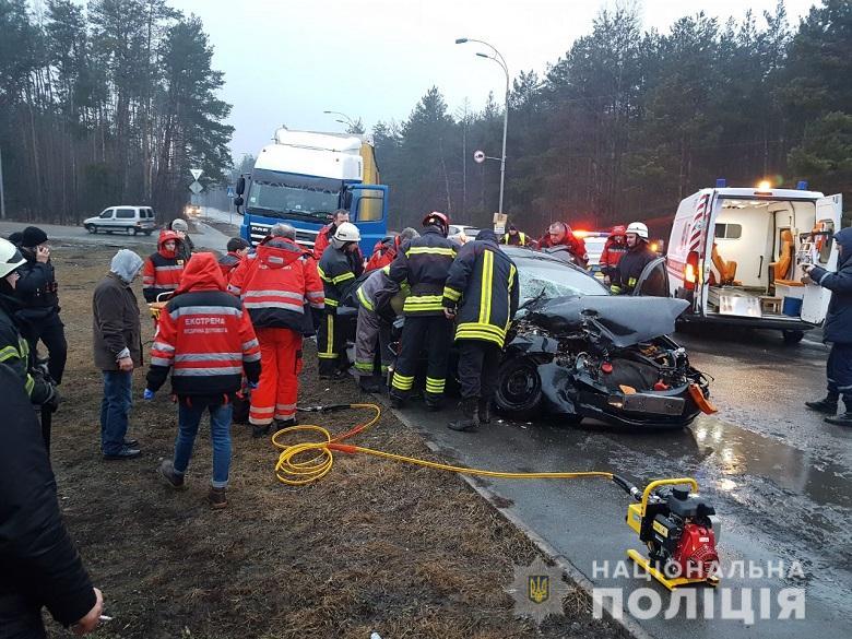 Авария на Гостомельском шоссе - чудом никто не погиб