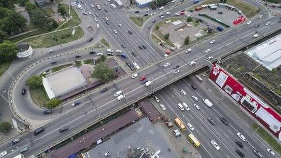 Шулявский мост пока не перекрыли для транспорта