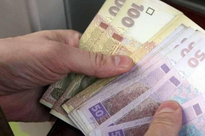 Киевских коммунальщиков обязали пересчитать платежи по квартплате