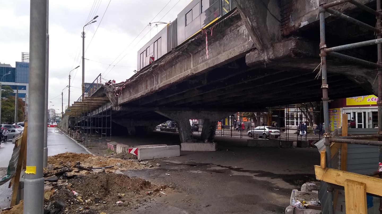 Шулявский мост будут сносить с двух сторон одновременно