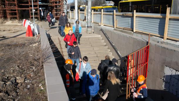 Возле Шулявского моста закроют переход для пешеходов
