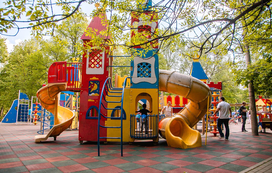 Важность детской площадки во дворе