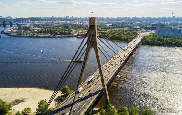 В Киеве на 4 дня ограничат движение по Северному мосту