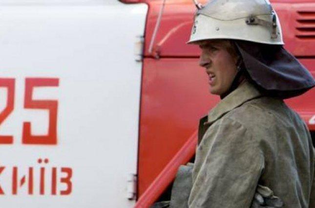 В результате пожара в киевской пятиэтажке сгорели пять балконов