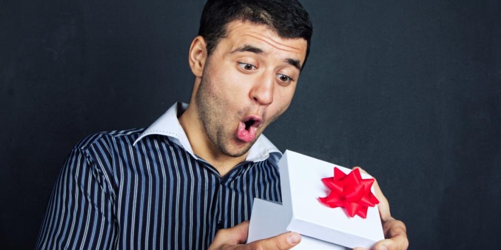 Какой элитный подарок можно сделать мужчине и женщине?