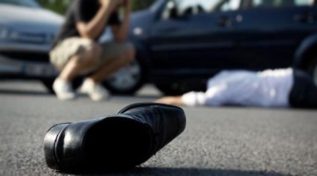 Под Киевом пьяный депутат насмерть сбил отца с сыном