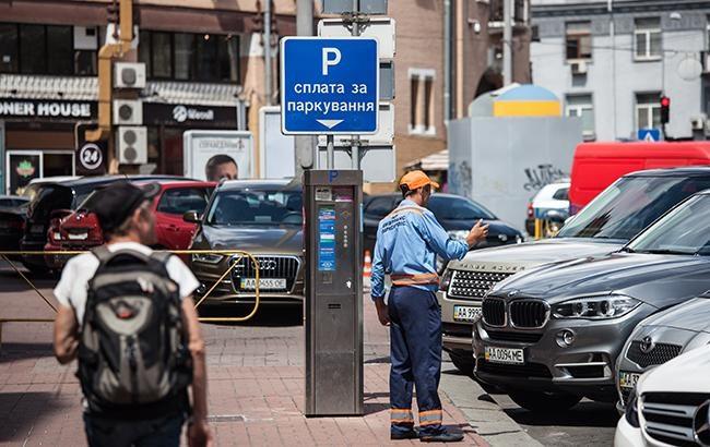 Кличко пообещал сурово наказывать водителей за парковку в центре Киева