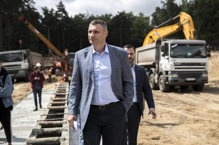 Кличко рассказал, как ведется строительство двух новых станций метро на Виноградарь