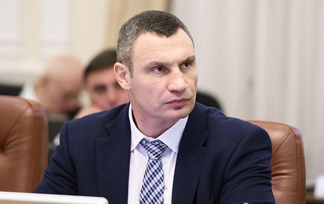 Кличко не смог восстановить самоуправление в Киеве - депутат