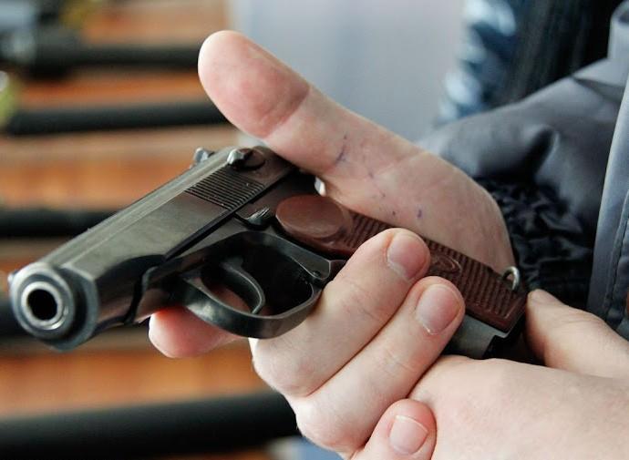 В полиции Киевской области сообщили подробности самоубийства 19-летнего парня