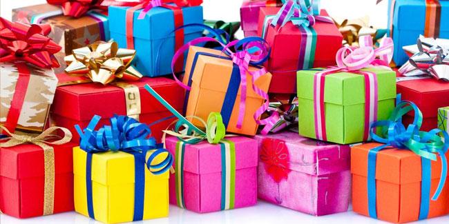 Какой корпоративный подарок дарить на праздник компании?