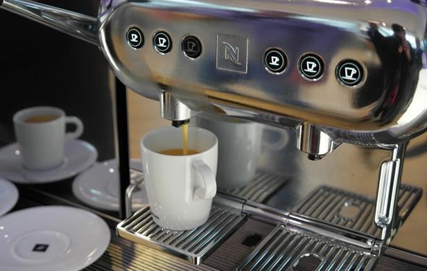 Четыре причины арендовать кофемашину для офиса