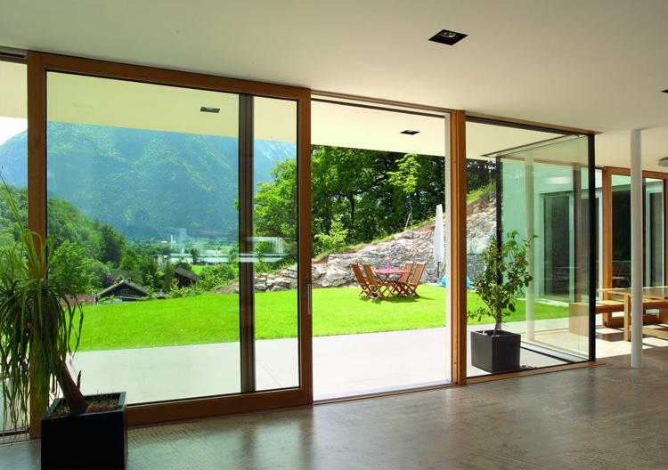 Панорамные раздвижные окна и двери