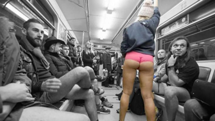 Киевлянам без одежды запретят ездить в метро