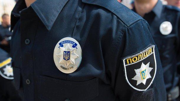 На Киевщине полицейские необоснованно жестоко избили прохожего
