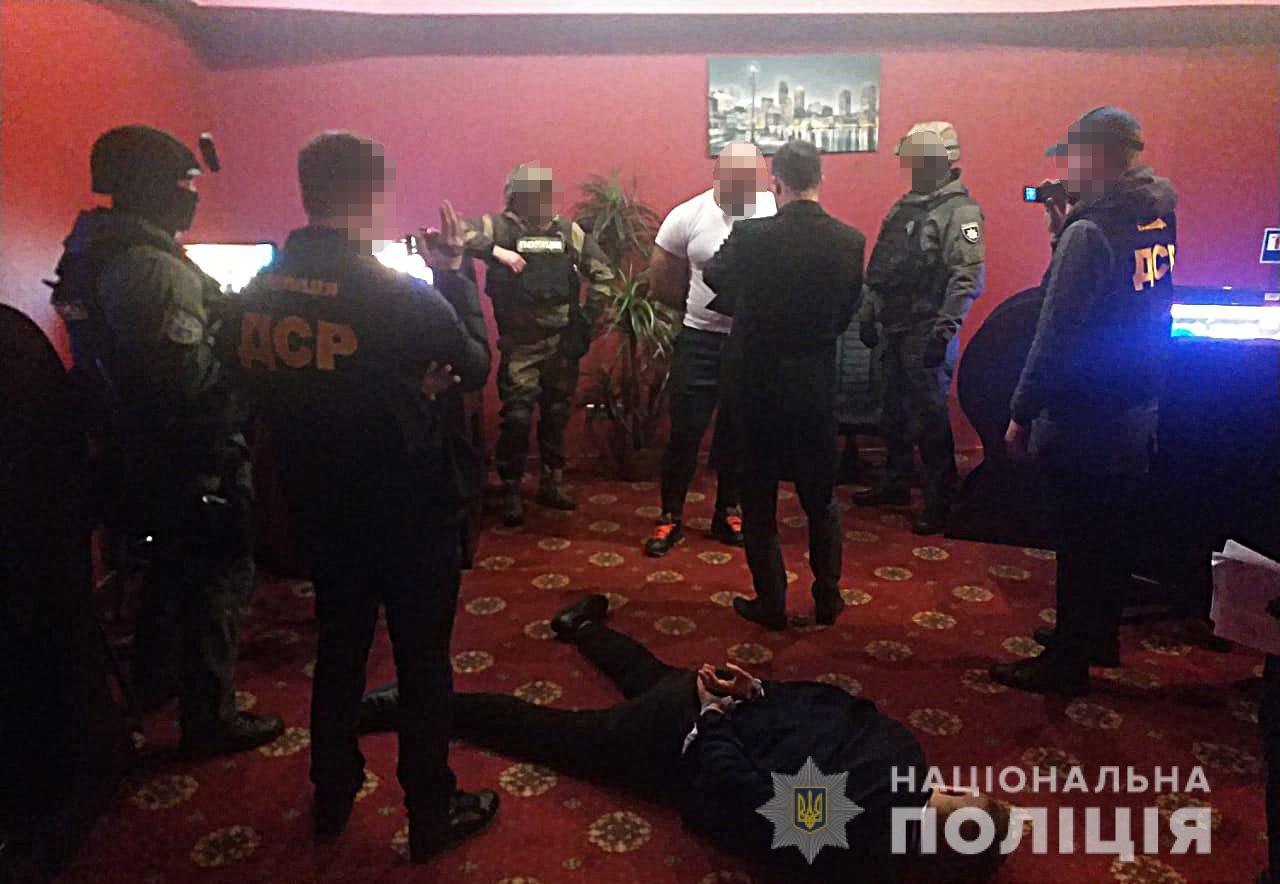 В Киеве задержали опасных коллекторов-вымогателей