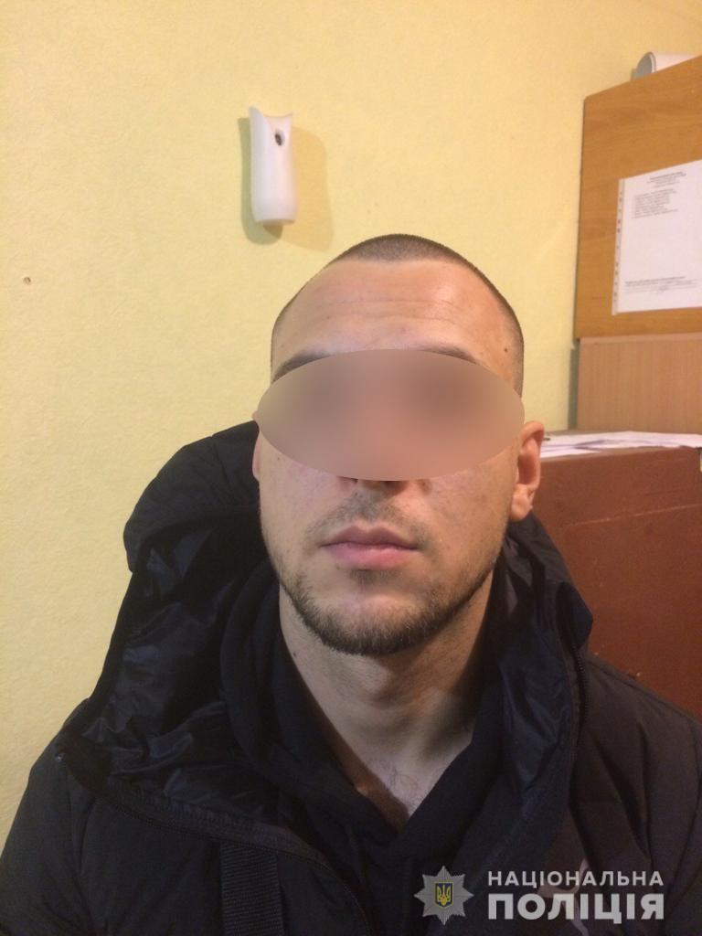 На Киевщине мужчина обворовывал богатых клиентов фитнес-клубов