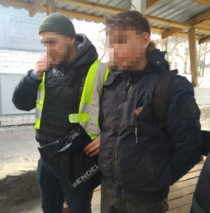 В Киеве 19-летний парень изнасиловал малолетнего ребенка
