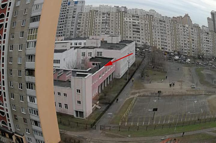 На крыше столичной гимназии произошло ЧП