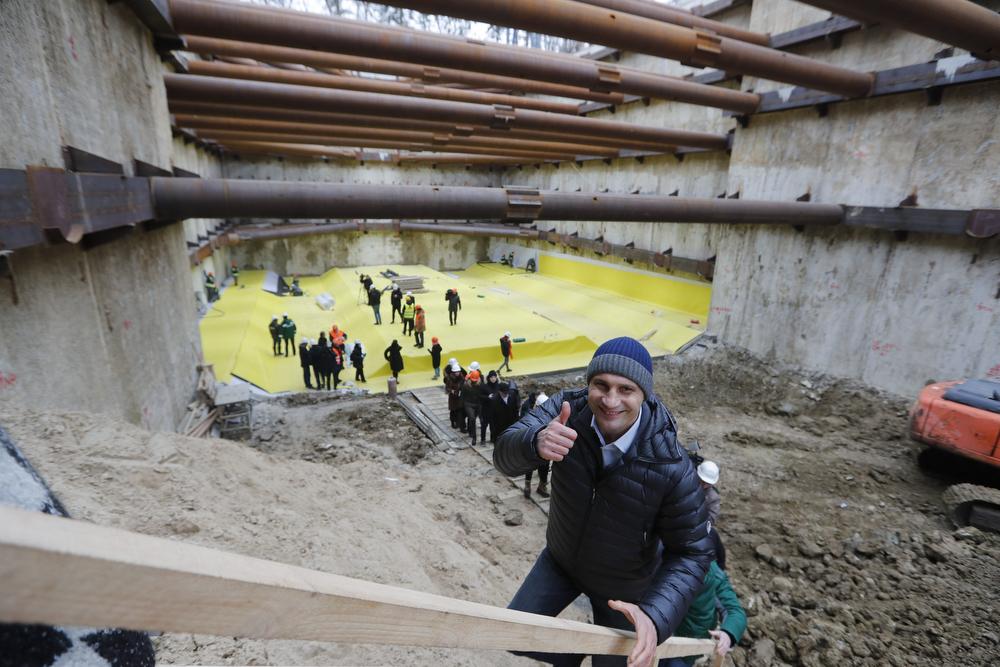 Кличко рассказал о сроках строительства станций метро на Виноградарь