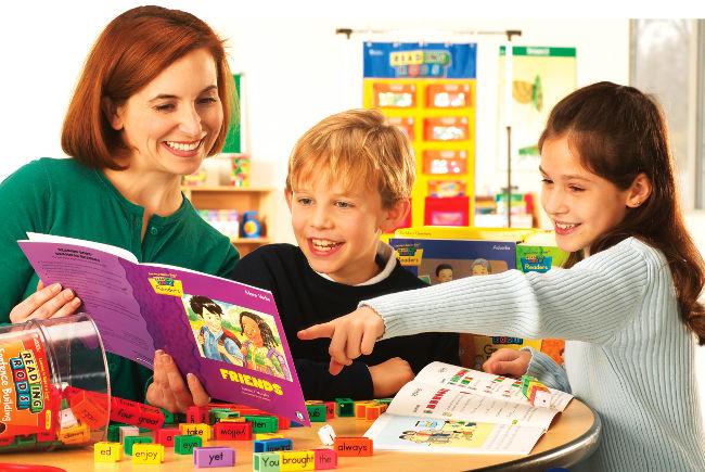 Учим английский: когда начинать детям?
