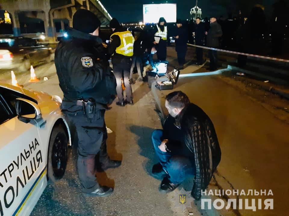 В Киеве полицейские открыли огонь по авто, за рулем которого был нарушитель