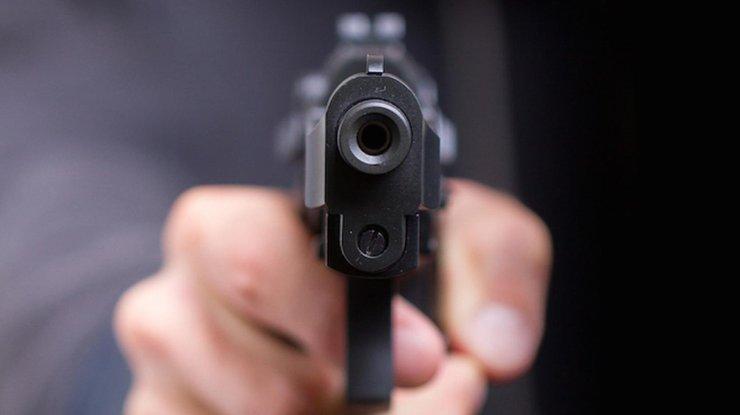 На Голосеевском проспекте киевлянин устроил беспорядочную стрельбу