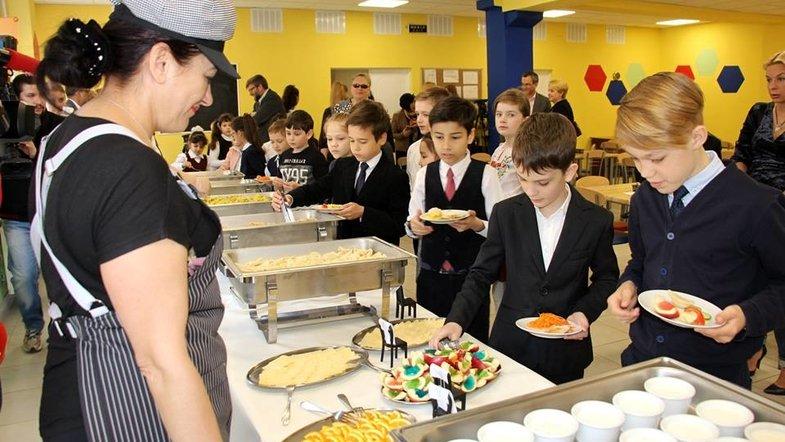 В обновление школьных столовых собираются вложить 240 млн гривен
