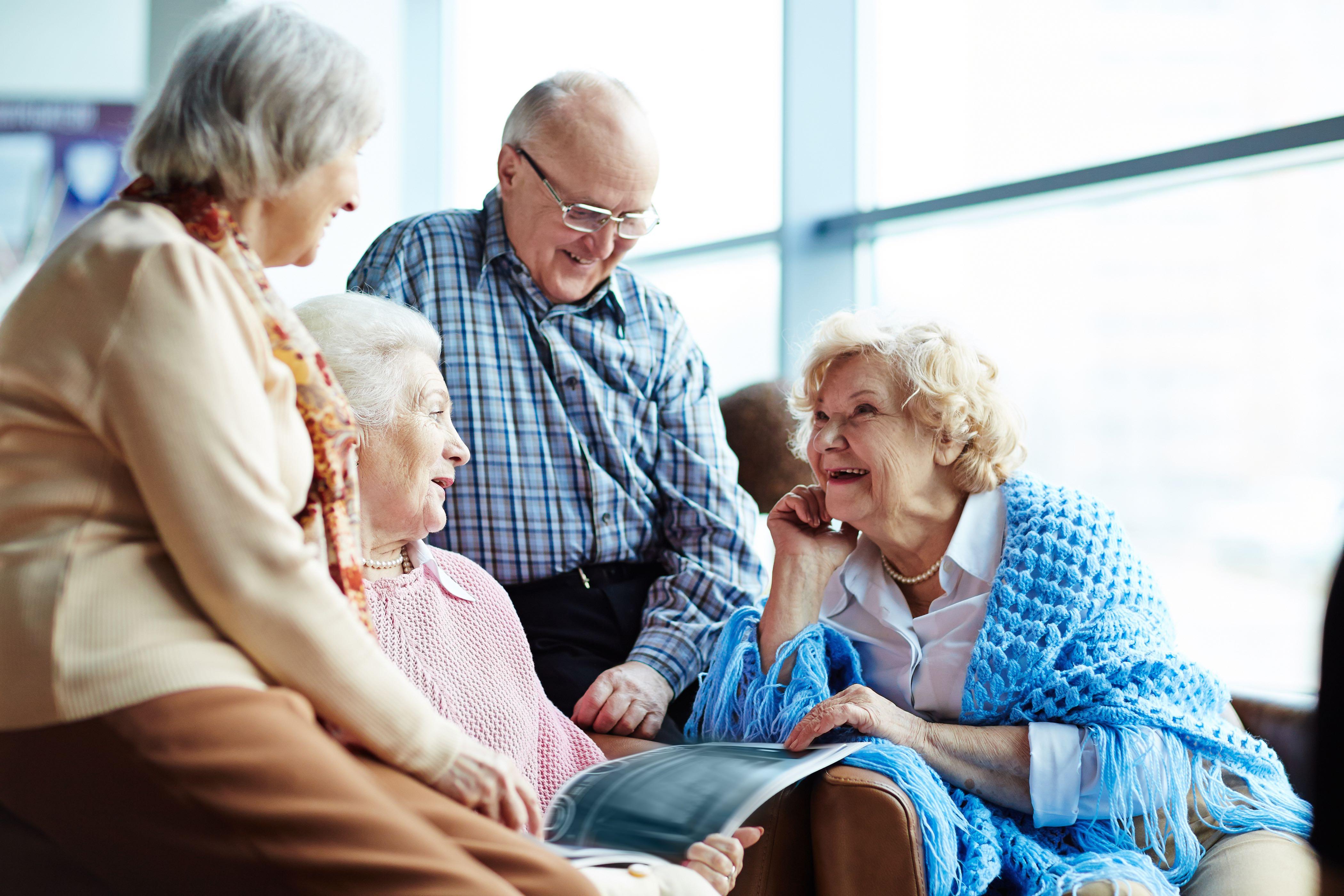 Преимущества частных домов престарелых перед государственными