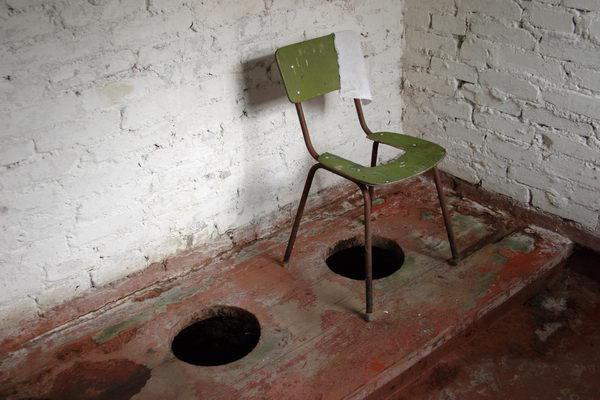 В КГГА заявили, что школьные туалеты будут, как у всех дома