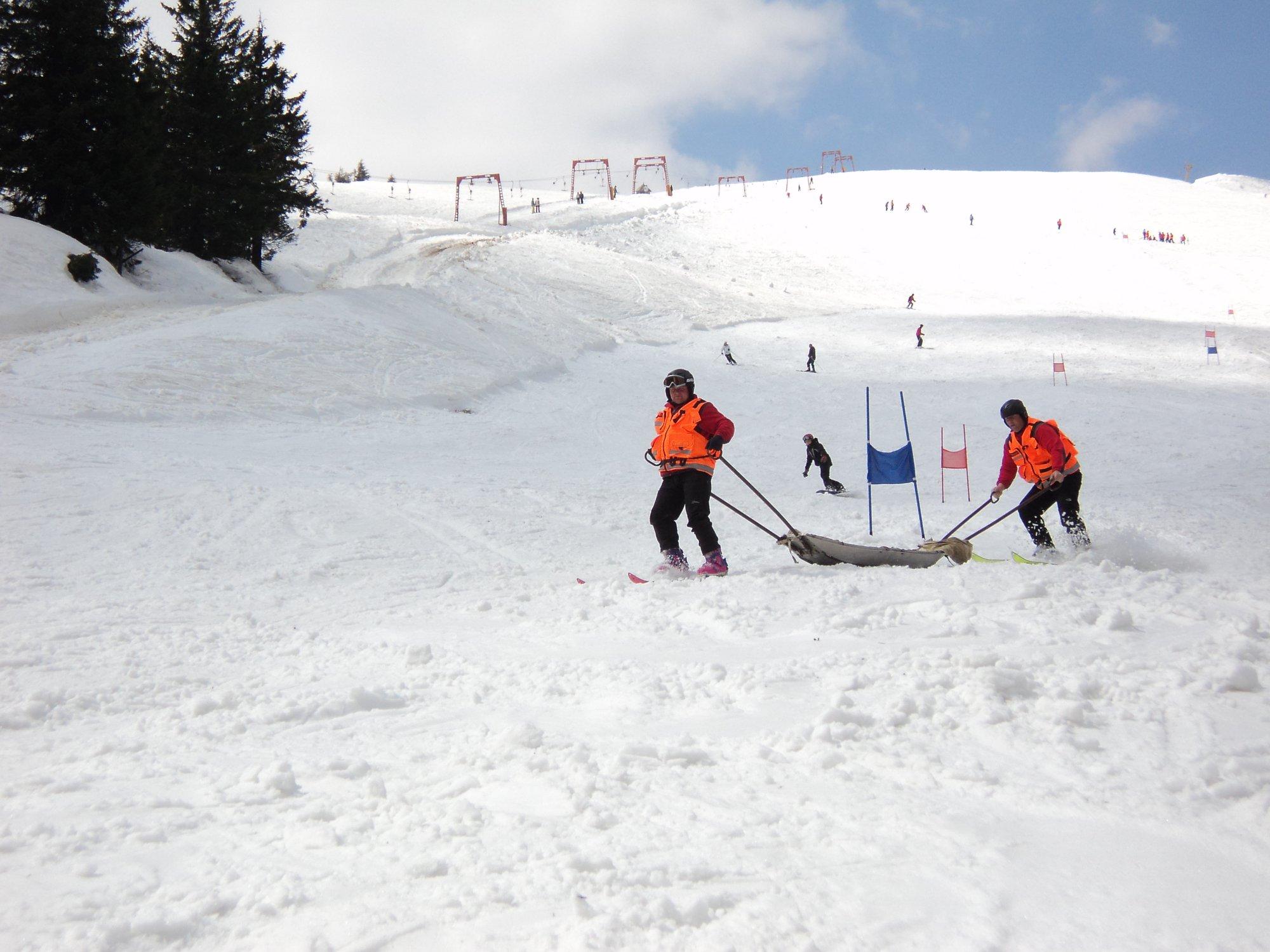 Трагический случай: житель Киева погиб, катаясь на сноуборде