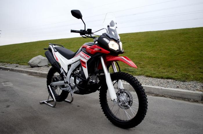Мотоцикл Loncin Voge LX300GY-A DS2 Pro: огляд потужної новинки з Піднебесної