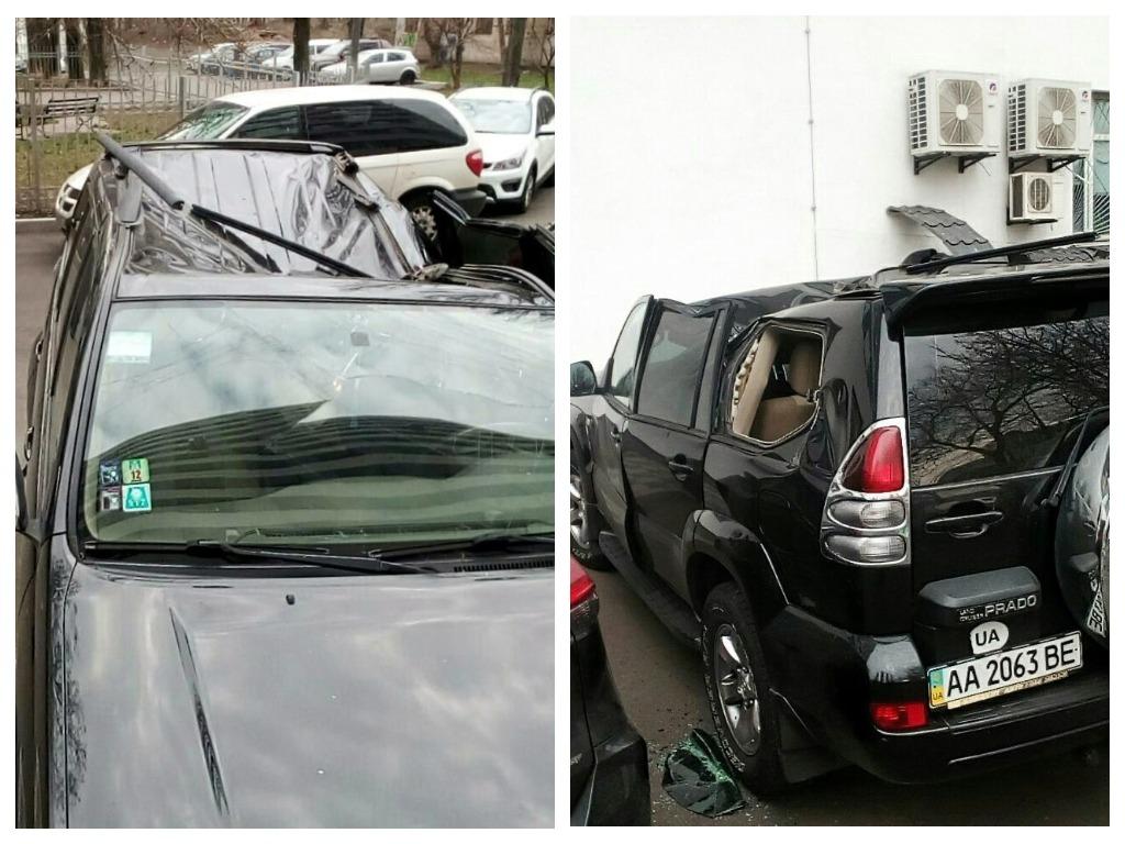 На Печерске из окна больницы на автомобиль упал пациент