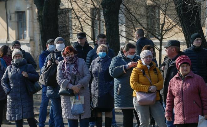 Транспорт в Киеве не может справиться с толпами пассажиров на остановках