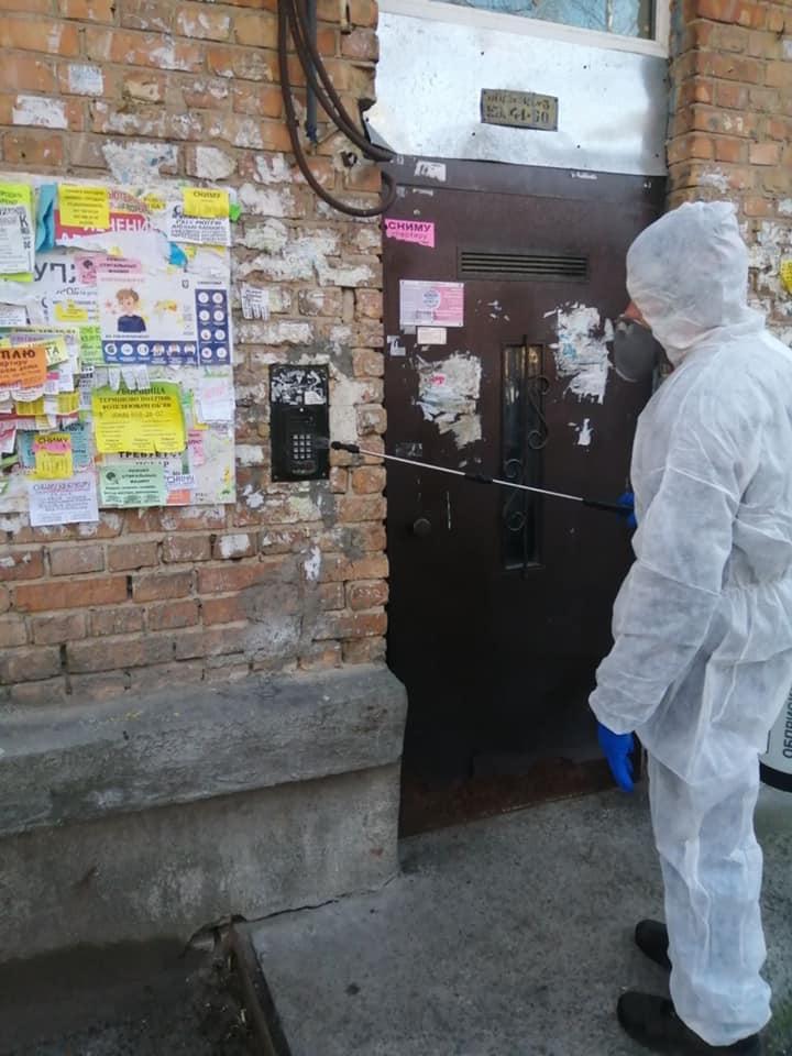 Віктор Андрєєв: Проводиться комплекс дезінфекційних заходів в багатоквартирних будинках Шевченківського р-ну
