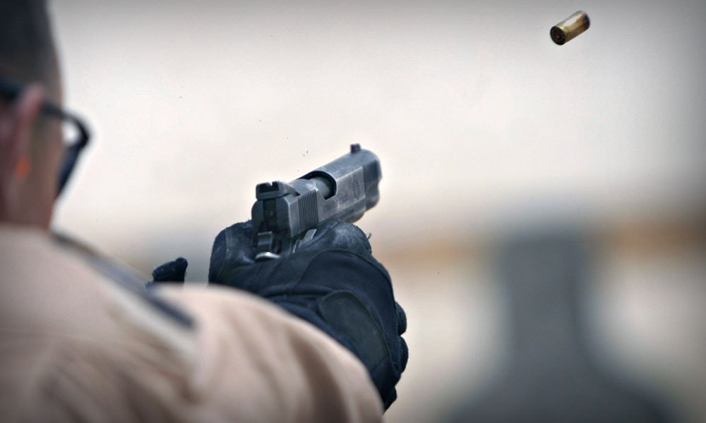 На Березняках мужчина подстрелил мотоциклиста