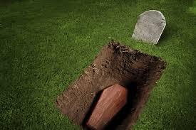Мэр Фастова предложил наказывать нарушителей карантина копанием могил