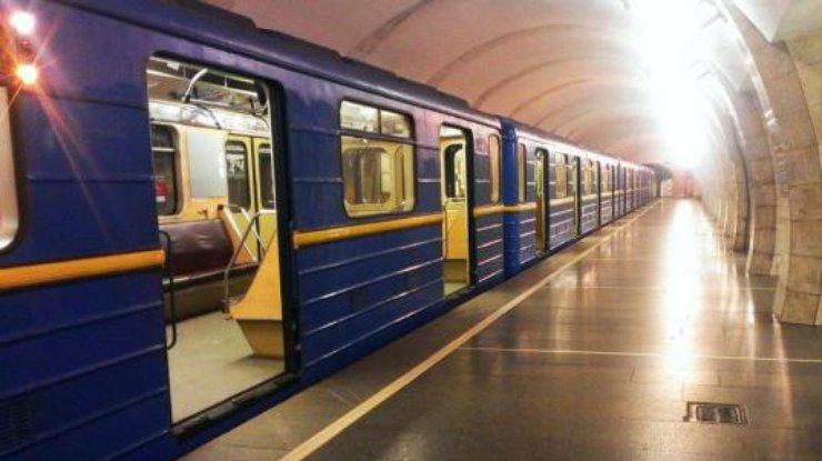 Метро в Киеве может заработать не раньше июня