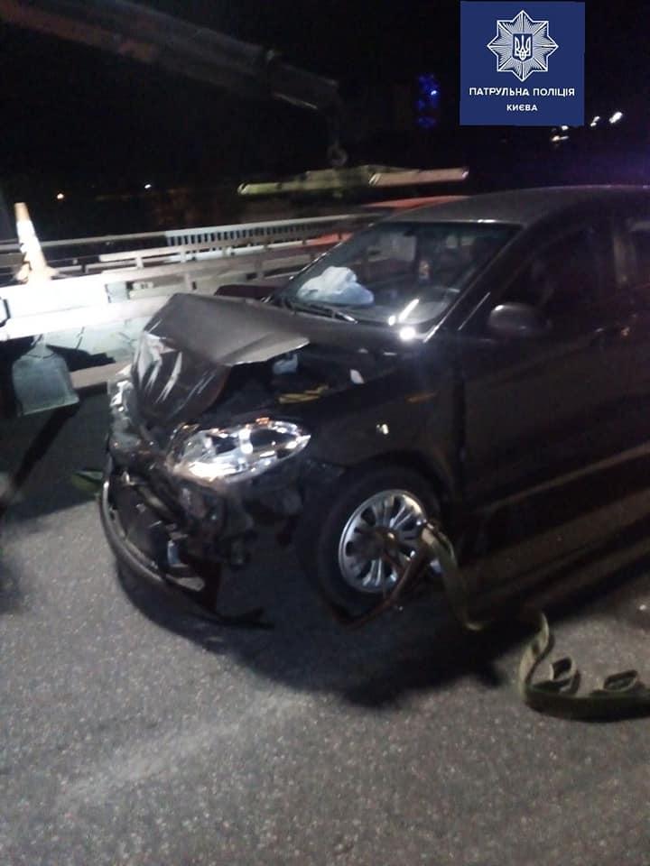 Пьяный водитель разбил свою машину и смог приехать на ней в Киев