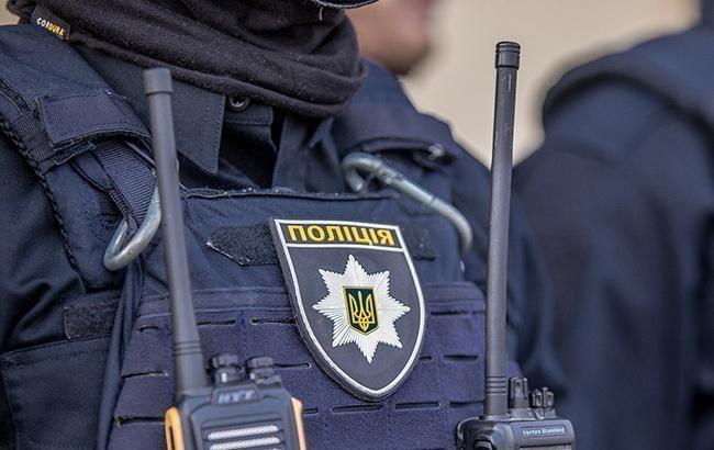 Киевские правоохранители усилят дежурство патрулей возле кладбиш, парков и скверов