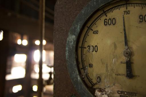 В жилых домах Киева отремонтируют испорченные теплосчетчики
