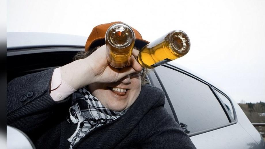 В Киеве пьяный водитель попался полицейским в 50 метрах от своего дома