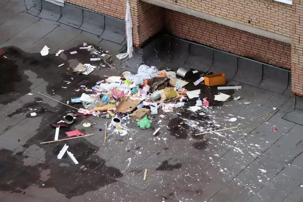 Кличко просит киевлян не выбрасывать мусор на улицах
